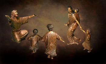 Christ_children_bronze_statues_40_2